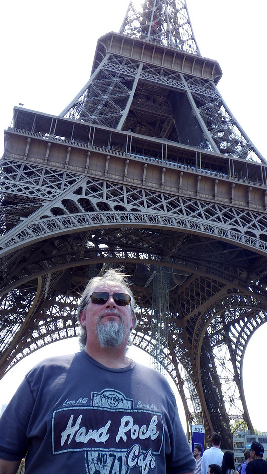 Eiffel Tower and Lars