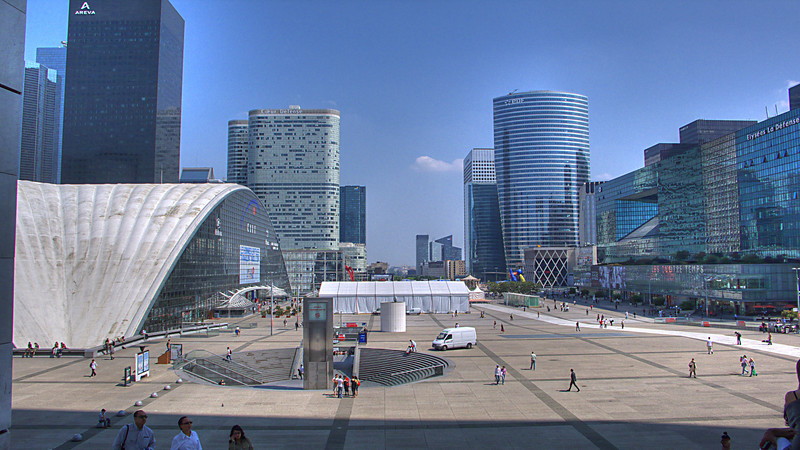 An attempt at a HDR photo from a single RAW exposure taken from the steps of Grande Arche de La Défense