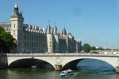 Pau and Paris - May 2014
