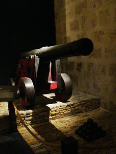 20060422_1857 Gun from the Batavia. The Batavia, a United Dutch East India Company vessel, sank in 1629. Fremantle shipwreck gallery