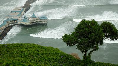 Langs de kust van Lima