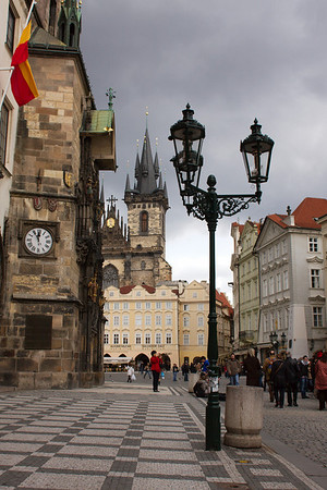 Facing old town square