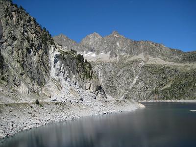 Le Lac de Cap de Long in the French Pyrenees