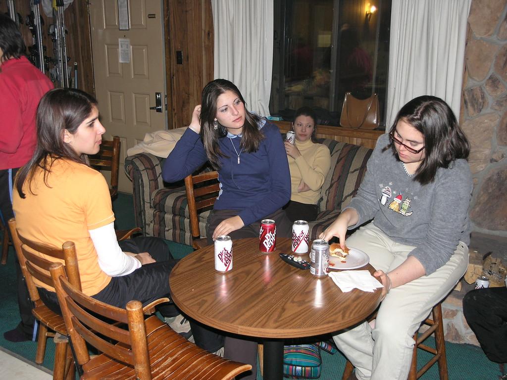 Shirene, Amy, JoAnn, and Danielle enjoying dinner.