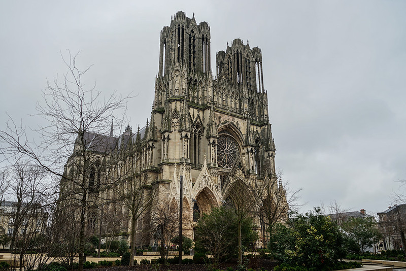 reims cathedral from outside