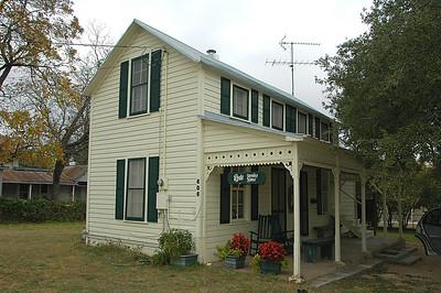 Rode Sunday House
