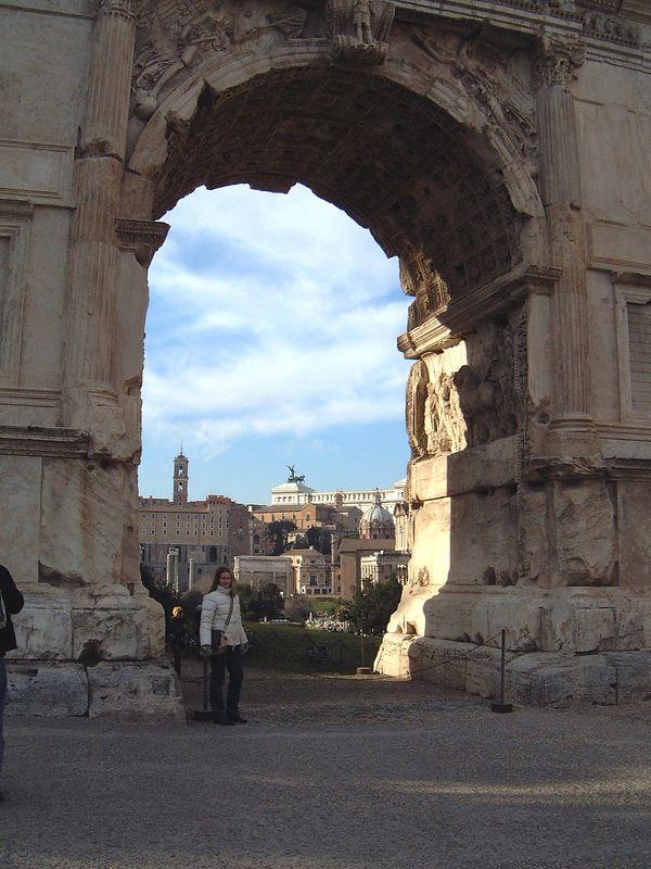 039 Sarah Colosseum