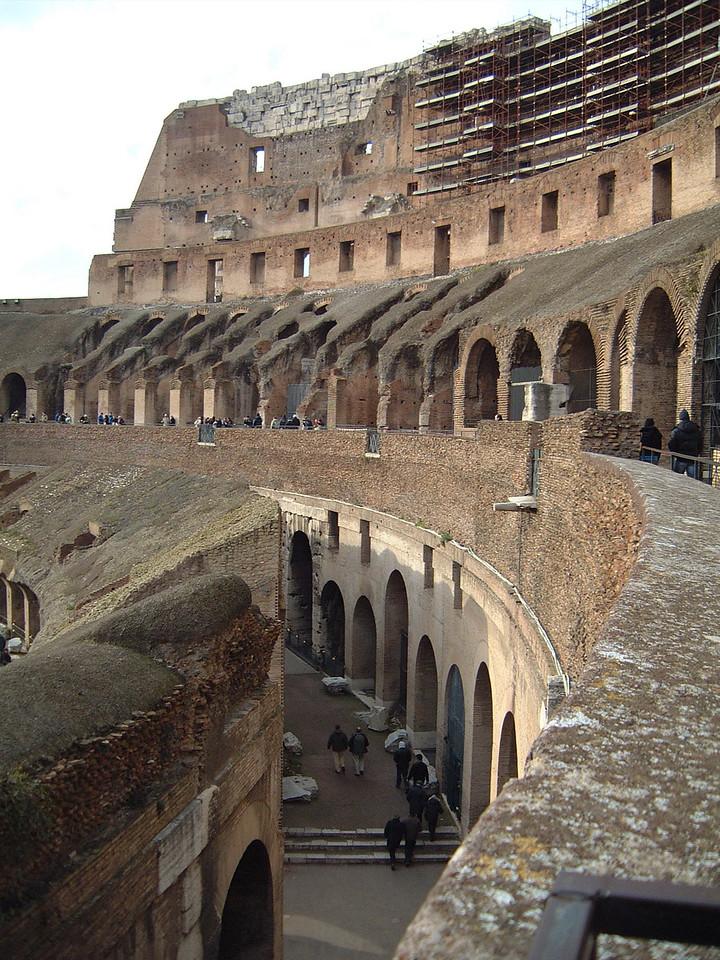 033 Colosseum