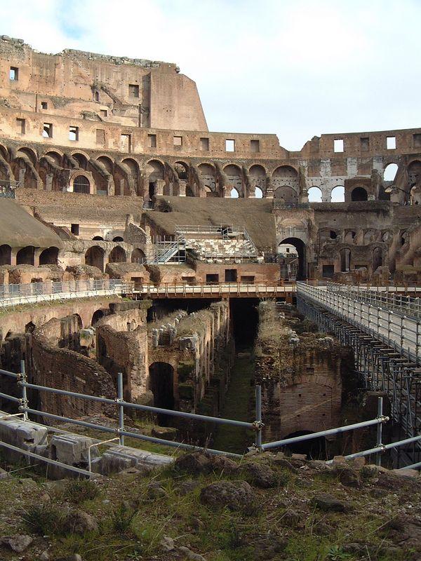 032 Colosseum