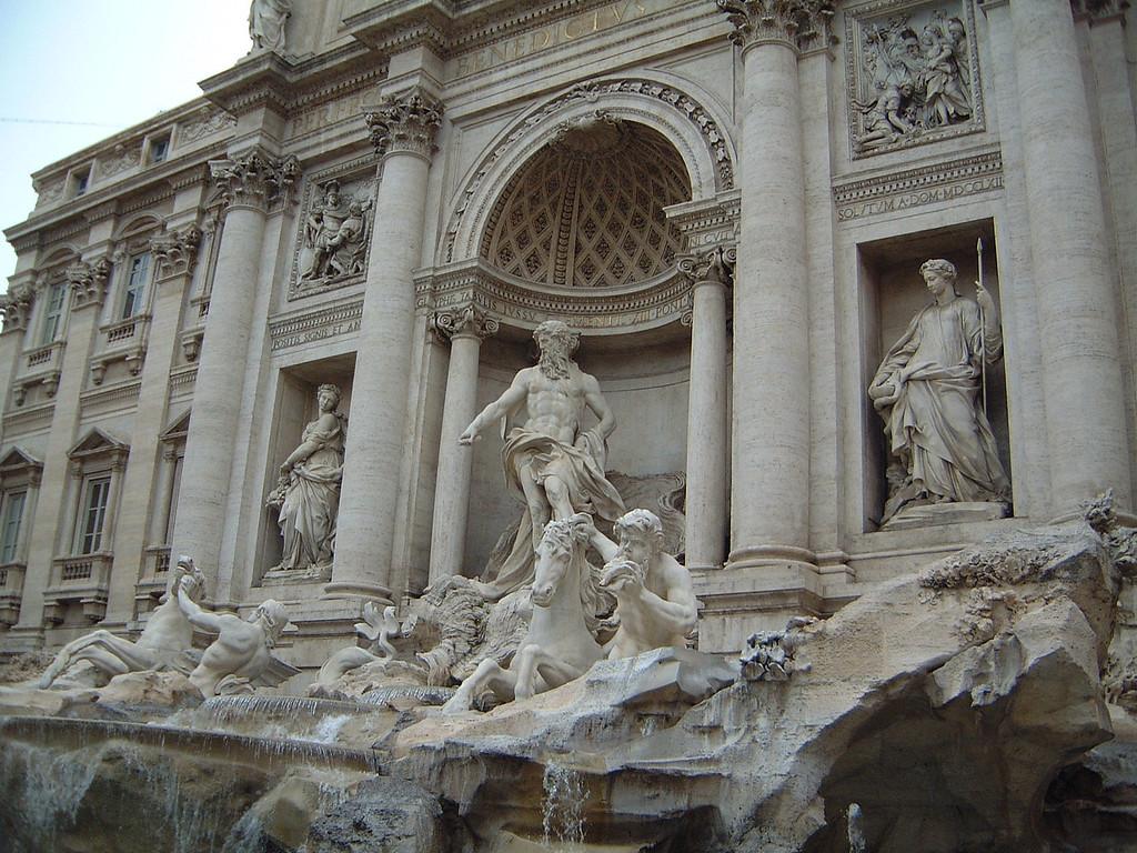 019 Trevi Fountain