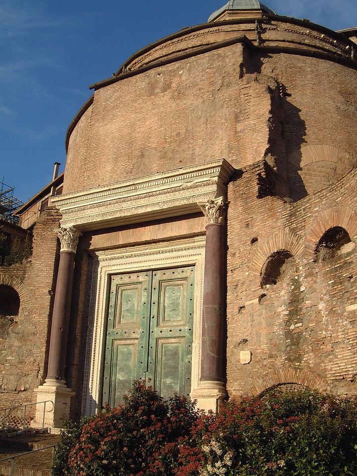 044 Roman Forum