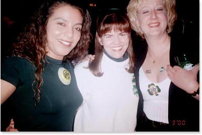2000-3-17 02 Kika.Becky.Cathy