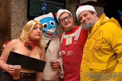 Santacon 2014 at Pat's Pizza