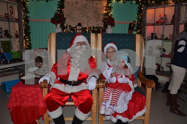 Santa's Magic Forest 12/7/14