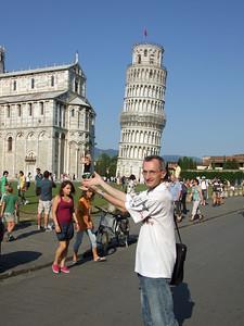 c'est pas la tour qui l'intéresse ...
