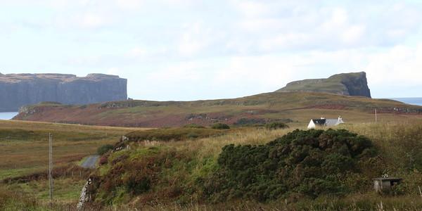 At Ullinish looking towards the cliffs