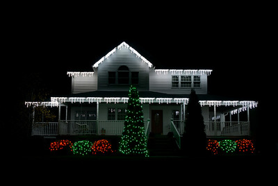 Scott & Cindy's Christmas lights
