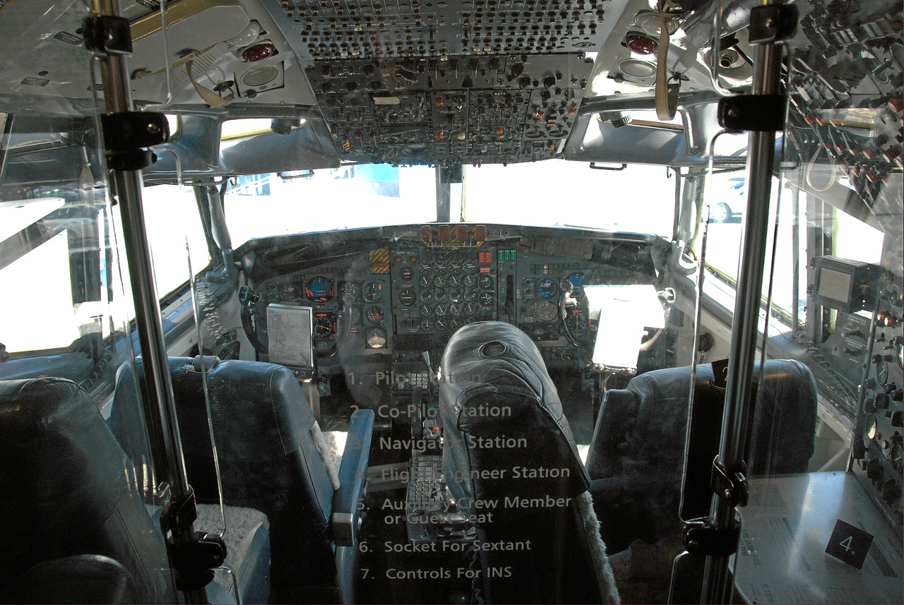 Air Force One, cockpit