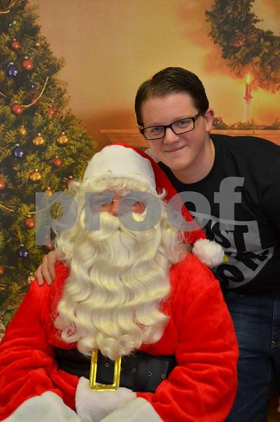 Sgate Kids & Pets with Santa 2014
