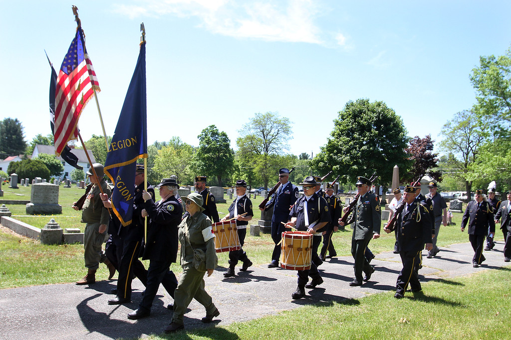 . Memorial Day observance at Village Cemetery in Shirley. (SUN/Julia Malakie)