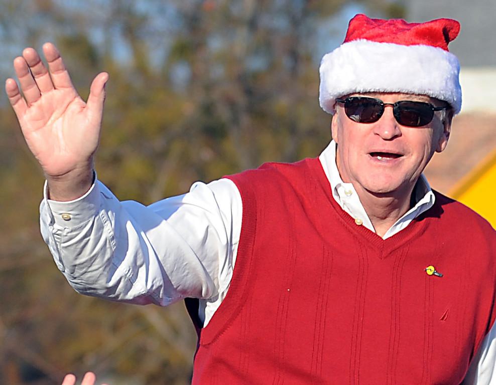 The Simpsonville Christmas Parade excites the crowd that lined Main Street in Simpsonville.<br /> GWINN DAVIS PHOTOS<br /> gwinndavisphotos.com (website)<br /> (864) 915-0411 (cell)<br /> gwinndavis@gmail.com  (e-mail) <br /> Gwinn Davis (FaceBook)