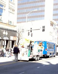 2014 03-15 St Patrick's Day Parade (4s)