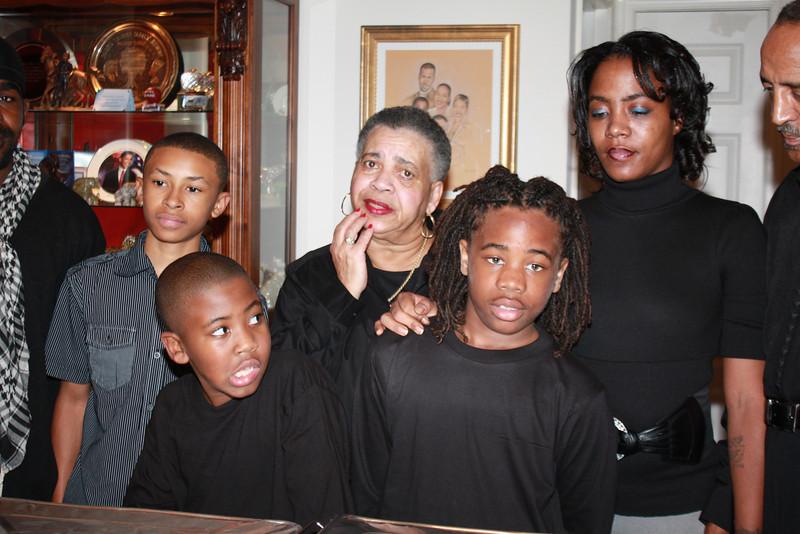 Straughter-Crews Thanksgiving 2009 038