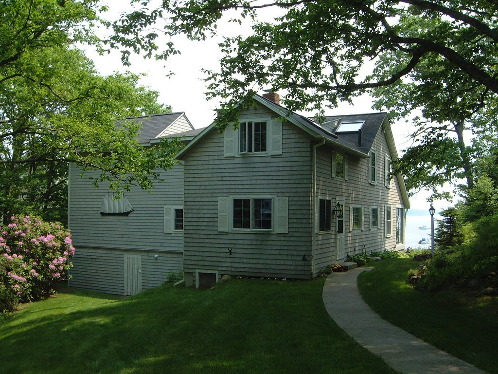 036 Beauttiful House