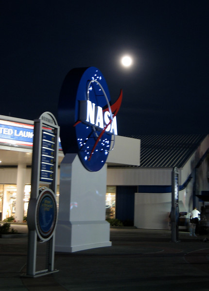 Thanksgivng, NASA - Kennedy Space Center, NASA sign and the Moon