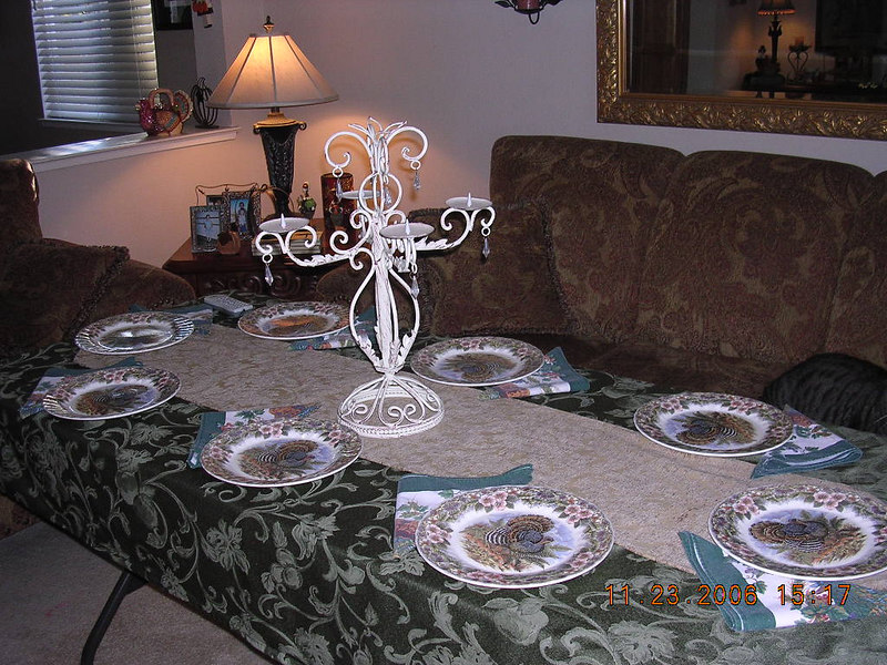 Since there were 18 of us this year Dana had to put up several tables. This was one in the living room.