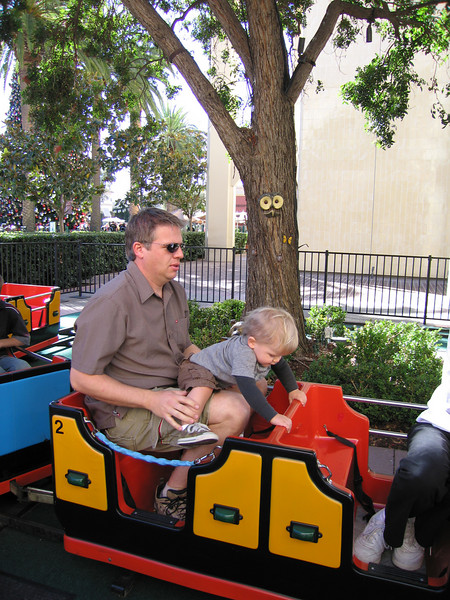 You can all save your Disneyland comments, this picture in no way suggests I'll ever accompany my kid to a Disney property