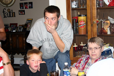 Wyatt, Alex and Kay on Thanksgiving ( 2009 )