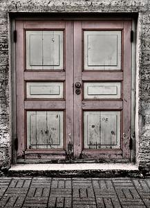 tallin door