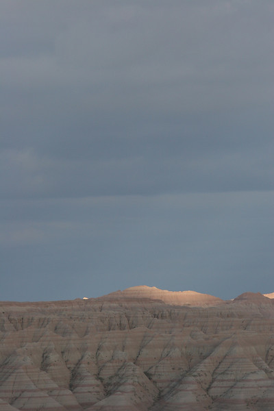 Badlands - First Evening - Sunlit Ridge - 003