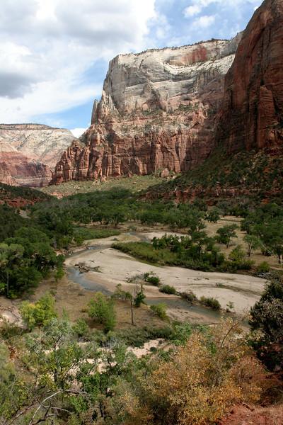 Zion - Emerald Pools Trail - Return Trail - 005