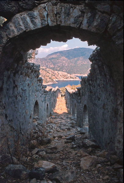 st nicholas island - view down vaulted arch