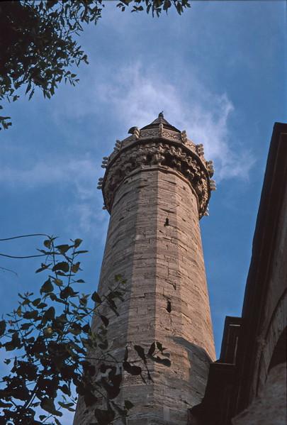 istanbul - blue mosque - minaret