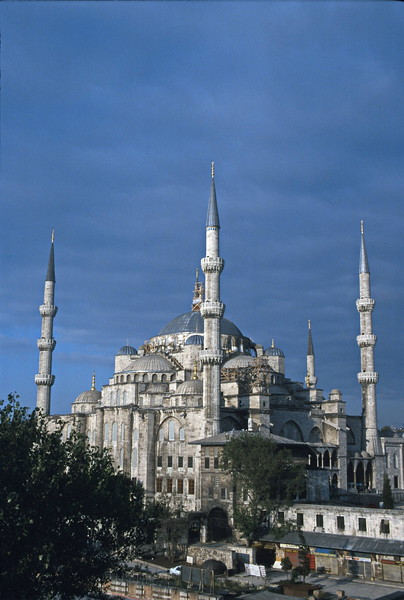 istanbul - blue mosque - exterior view