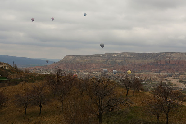 While admiring the valley, balloons started to fly. Of course, this quickly became a race to find where they are starting from in order to be there next morning.