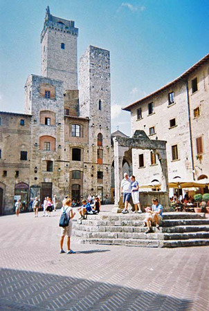 Fountain in main square-San Gimignano
