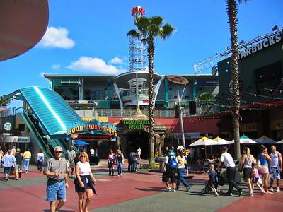 2004-13-14 Universal, City Walk, Daytime