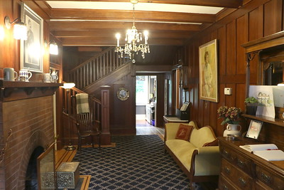 Abbeymoore Manor entrance hall