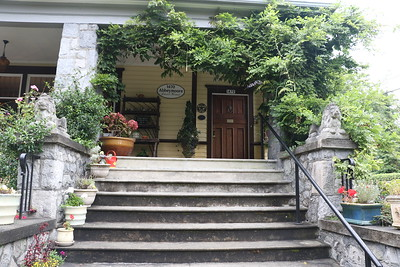 Main Entrance steps to Abbeymoore Manor