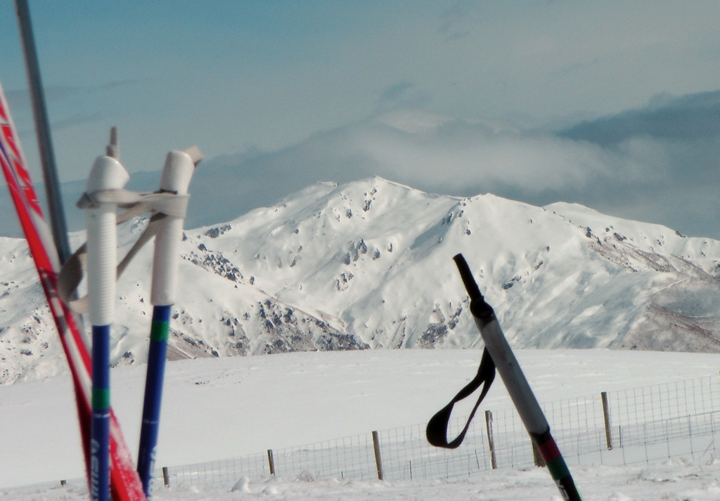 Looking across the Cardrona valley to the range just north of Cardrona ski field