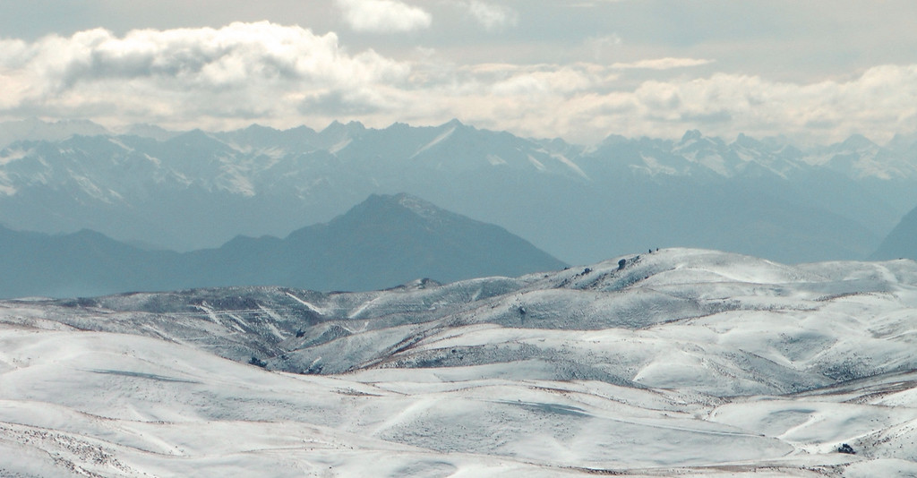 View from Bob Lee Hut north to the ranges beyond Wanaka
