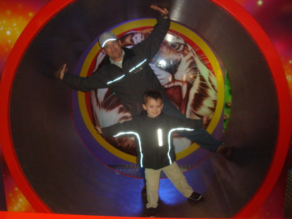 "Mike & Jack enjoyed the ""Fun House"" - Danny, still traumatized from the Ghost Train at the Herbstmesse in Basel wouldn't go in!"