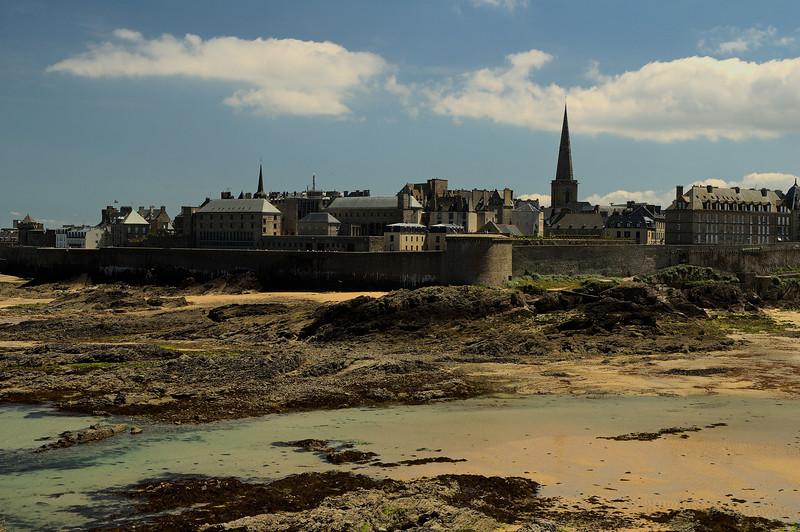 Saint-Malo vue depuis l'ile du grand bŽ