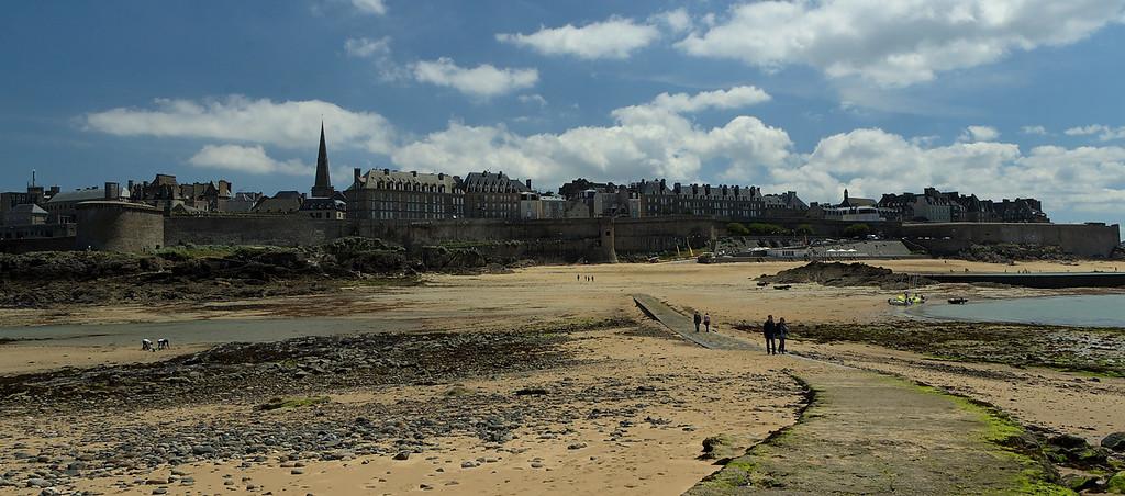 Saint-Malo vue depuis le grand bŽ