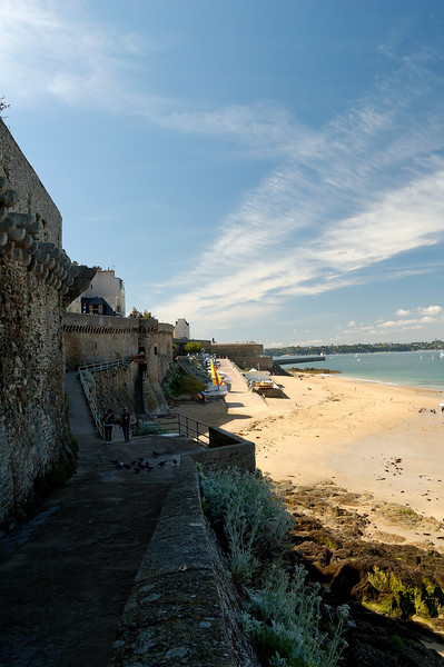Front de mer et les remparts