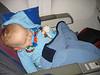 Timmy schläft in seinem Sitz